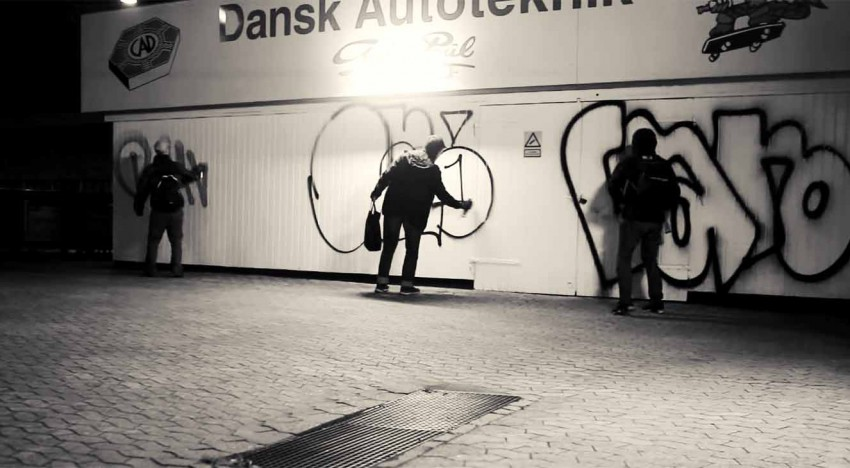 TagsAndThrows: Bombing in Copenhagen