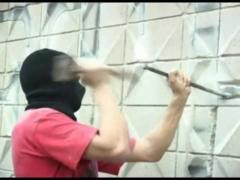 Barcelona: Buff-Proof Graffiti