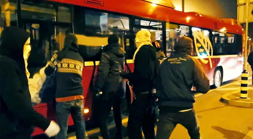 Schweiz: Paint The World – Bus Hijacking