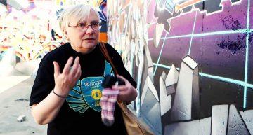 Interview: Unterwegs mit der Graffiti-Oma