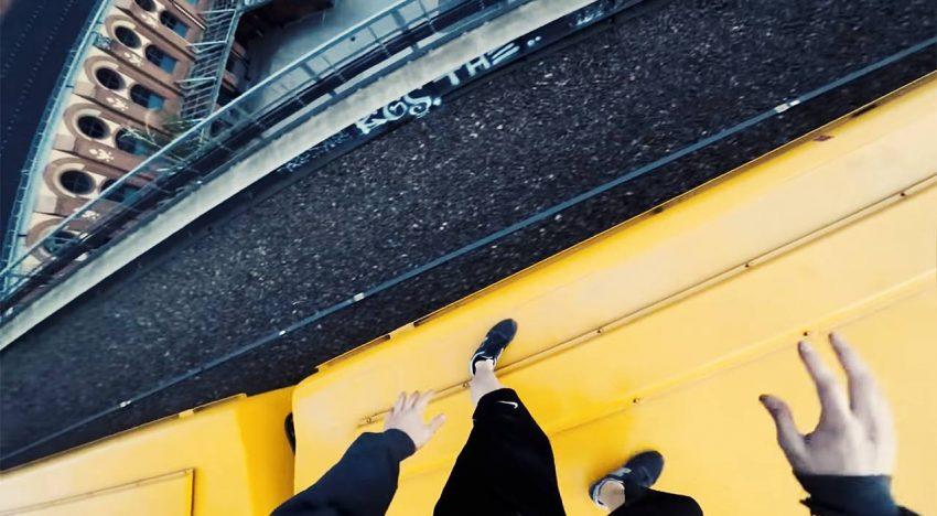Berlin Kidz: Trainsurfing DyingLlama