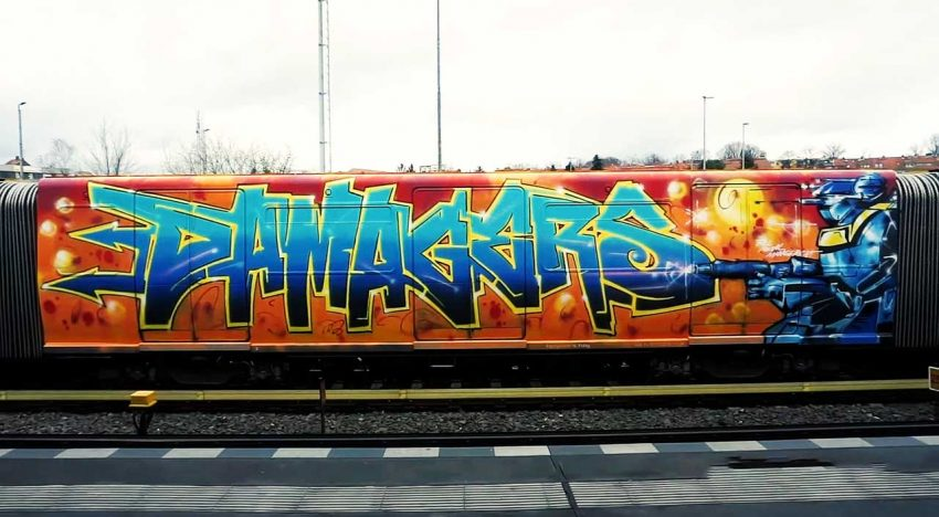 Hello from Berlin: DAMAGERS