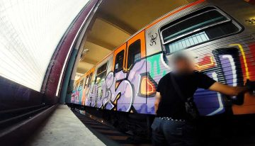 Athen: NSK NR4T Crews On Subway