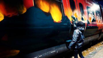 Sleeplezz: Copenhagen Train Writing