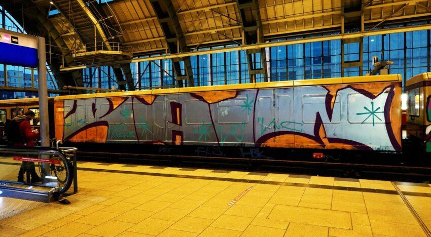 Fotoboom – Trains in Traffic #44